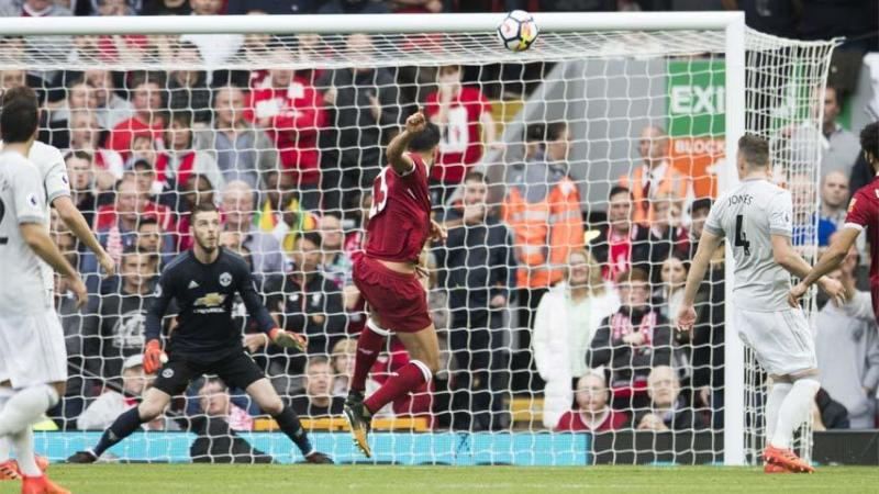 VIDEO: Liverpool y Manchester United empataron sin goles en Anfield
