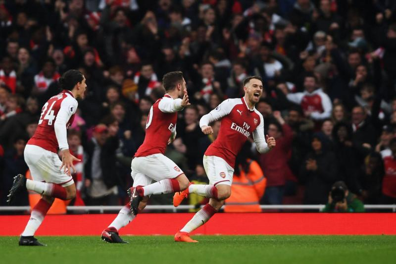 VIDEO: Arsenal derrota 2-0 al Tottenham y se lleva el derbi